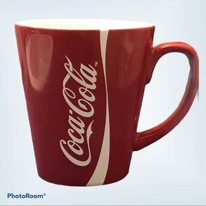 Classic COCA-COLA red mug